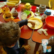 """Atelier de gatit, pentru copii - """"Vitaminele la joaca"""" - toping bomboane"""