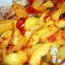 cartofi la cuptor cu rosii cherry